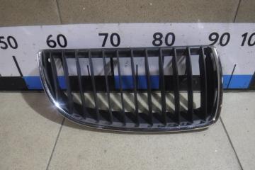 Запчасть решетка радиатора правая BMW 3-series