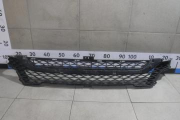 Запчасть решетка в бампер центральная Lada Vesta