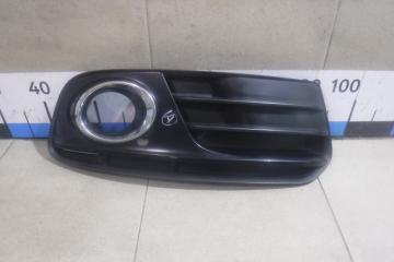 Запчасть решетка в бампер правая Audi Q5