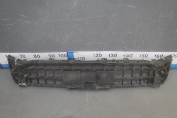 Запчасть кронштейн решетки радиатора Audi Q5