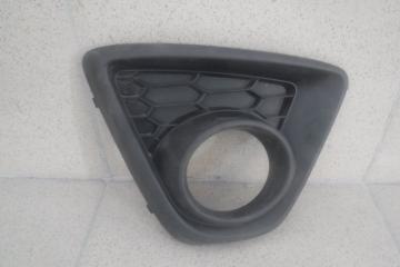 Запчасть решетка в бампер правая Mazda CX-5
