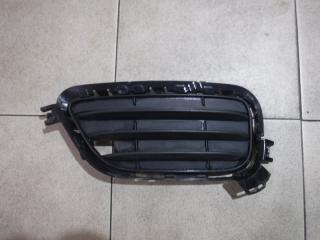 Запчасть решетка в бампер левая BMW X3