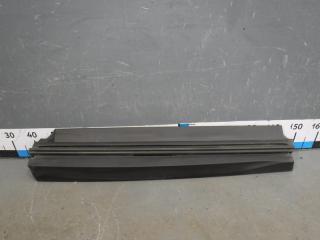 Запчасть накладка двери передней левой lexus UX200