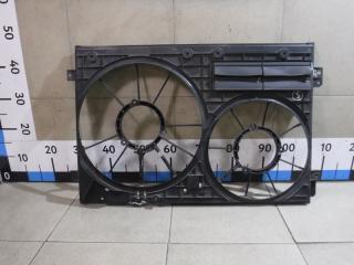 Запчасть диффузор вентилятора Volkswagen Passat