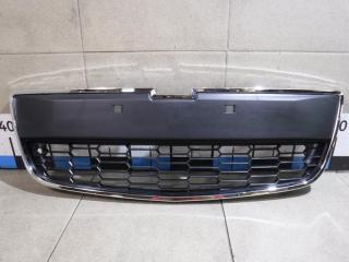 Запчасть решетка в бампер центральная Chevrolet Aveo