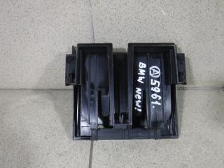 Запчасть кронштейн блока управления двигателем BMW 1-series