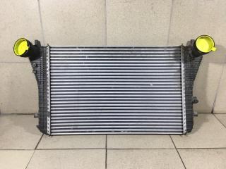 Запчасть интеркулер Volkswagen Passat