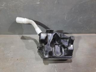 Запчасть бачок омывателя лобового стекла Audi A1
