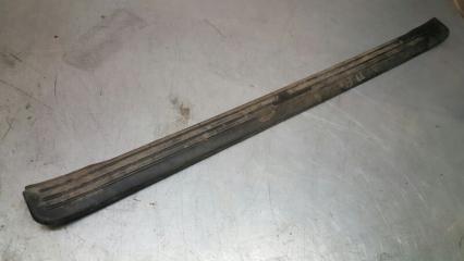 Запчасть обшивка порога передняя правая Toyota Vista 1990-1994