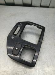 Запчасть пластик салона передний правый Mitsubishi Dion 2000- 2005