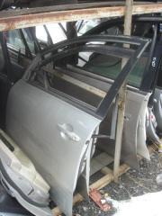 Дверь Toyota Ipsum