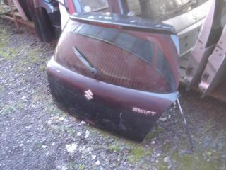 Запчасть дверь багажника задняя Suzuki Swift