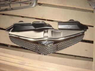 Запчасть решетка радиатора Toyota Ractis