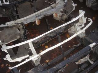 Запчасть панель передняя Toyota Mark II