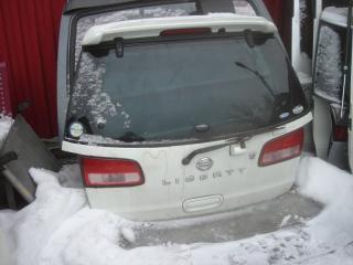 Дверь багажника задняя Nissan Liberty