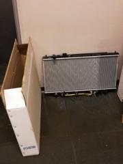 Радиатор ДВС Mazda 323