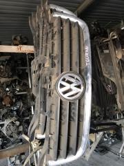 Запчасть решетка радиатора Volkswagen Touran 2005