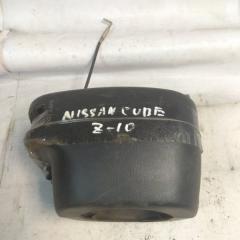 Запчасть кожух рулевой колонки NISSAN CUBE 1996