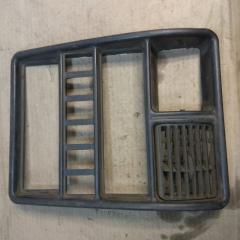 Запчасть центральная консоль ГАЗ 3110 2010