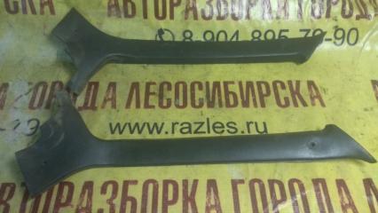 Запчасть накладка передней стойки внутренняя. ЛАДА 21099 2004