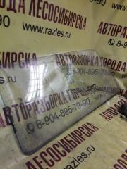 Запчасть стекло боковое заднее правое ЛАДА 2121 1994
