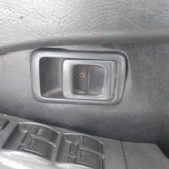 Запчасть ручка двери внутренняя передняя правая TOYOTA CARINA 1990