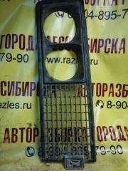 Запчасть решетка радиатора правая ЛАДА 2106 2000