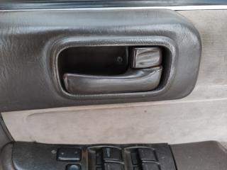 Запчасть ручка двери внутренняя передняя правая TOYOTA MARK II
