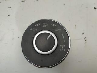 Кнопка дифференциала VW Touareg 2007