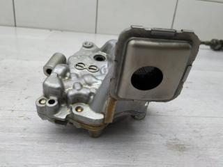 Запчасть масляный насос Toyota RAV4 2011