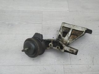 Опора двигателя правая Infiniti M35x 2006