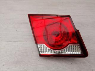 Запчасть фонарь в крышку левый Chevrolet Cruze 2013