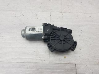 Запчасть моторчик стеклоподъемника задний правый Hyundai IX35 2010