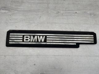 Запчасть крышка двигателя BMW 3 2006