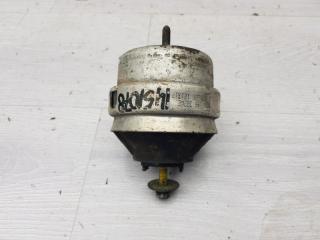 Опора двигателя правая Skoda Superb 2007