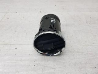 Запчасть дефлектор воздуховода Peugeot 408 2015