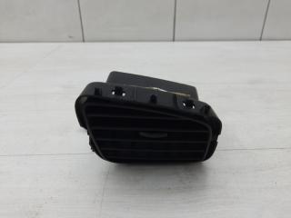 Запчасть дефлектор центральный левый Renault Megane 2012