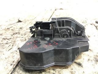 Запчасть замок двери передний правый BMW 1-Series