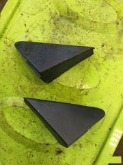 Запчасть треугольник крыла передний Ford Fusion