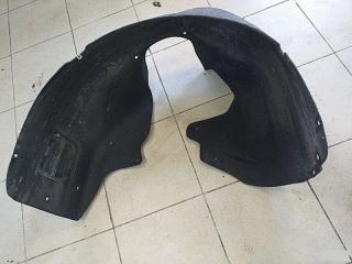 Запчасть подкрылок передний Lada Granta