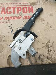 Запчасть ручник Nissan Np300