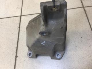 Запчасть кронштейн двигателя левый Suzuki Grand Vitara