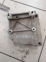 Запчасть кронштейн вспомогательных агрегатов Citroen Berlingo