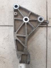 Запчасть кронштейн коробки передач левый Opel Zafira