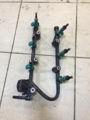 Запчасть топливная рампа с форсунками Toyota Camry 2012