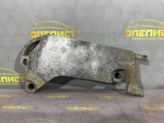 Запчасть кронштейн двигателя правый Opel Vectra