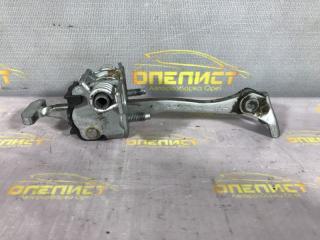 Запчасть ограничитель двери передний Opel Vectra