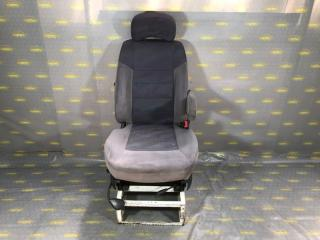 Запчасть сиденье переднее правое Mersedes Sprinter Classic