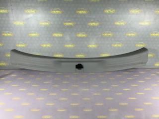 Запчасть накладка порога багажника Opel Sintra