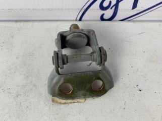 Запчасть петля крышки багажника задняя правая Mazda Mazda3 2006